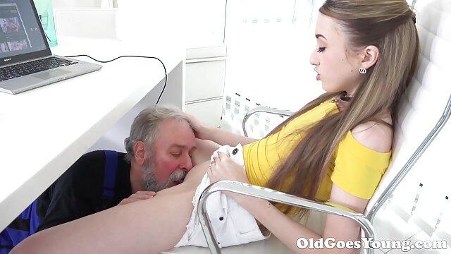 O teu cu na tua cara! vídeo de pornô mulheres gostosas