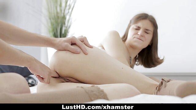 Dalton Hawg tatuado com filme pornô só com mulher morena cabelo e corcunda, com brutalidade gay a bater com Bondage.